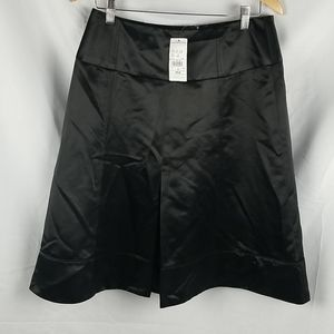 NWT Laura Petites Black Satin Skirt Size 8